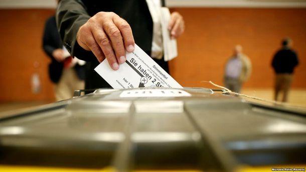 Восточная Европа с тревогой наблюдает за результатами выборов в немецкий парламент