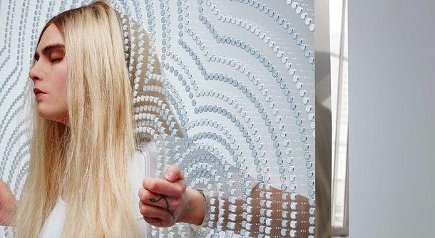 Британский художник создал скульптуру из7 тыс. таблеток экстази