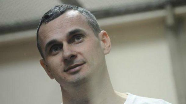 Порошенко назначил государственную стипендию осуждённому в Российской Федерации режиссёру Олегу Сенцову