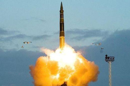РФпровела випробування міжконтинентальної балістичної ракети