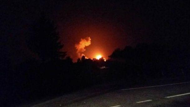 Через пожежу наскладі боєприпасів під Вінницею евакуювали понад 30 тис. осіб