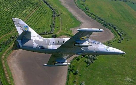 Військовий літак Л-39 розбився на Хмельниччині