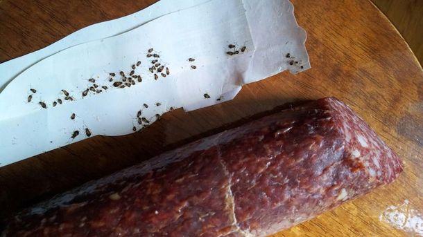 В оккупированный Крым привезли колбасу с ужасными