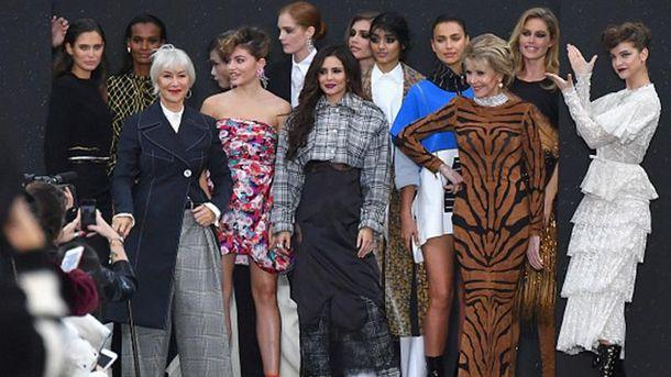 Шоу  L'Oreal Paris в рамках Тижня моди в Парижі
