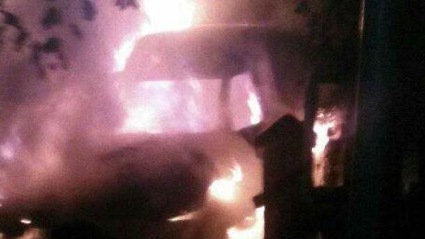 Семье сожгли машину