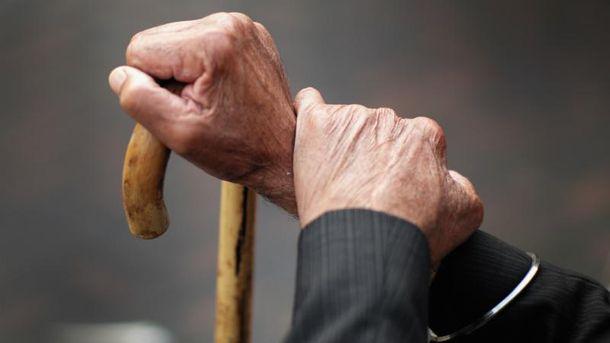 С октября в Украине вырастут пенсии
