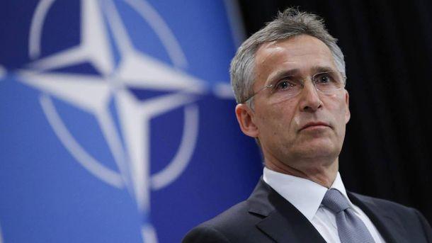 НАТО підтримує миротворчу місію ООН насході України