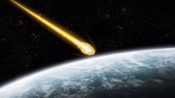 Внебі над Китаєм нашматки розлетівся астероїд: приголомшливе відео
