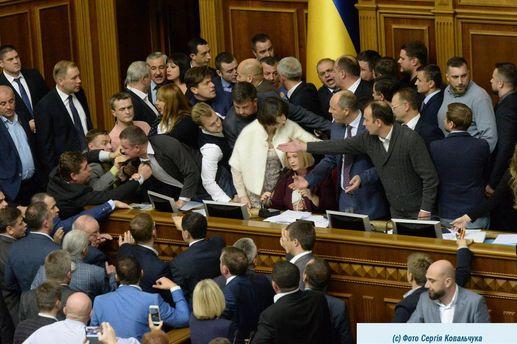Рада 6 октября продолжит рассмотрение законопроектов о реинтеграции Донбасса