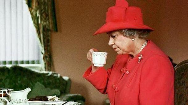 Елизавета II любит хлопья и чай