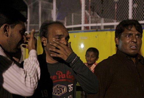 В Пакистане террорист-смертник подорвался возле храма, погибли 18 человек