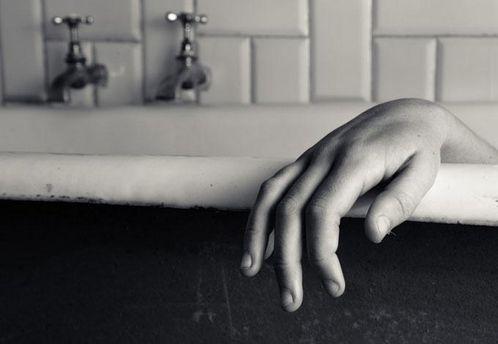 Во Львове девушка утонула в ванной