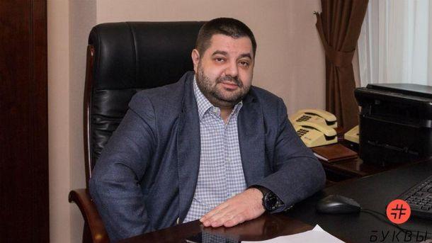 Из-под Кабмина угнали Mercedes сдокументами известного народного депутата БПП