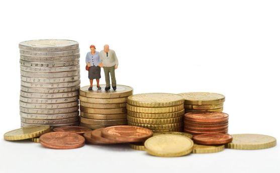 Пенсійна реформа в Україні: як відбуватиметься збільшення виплат для пенсіонерів?