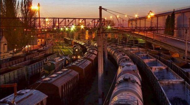 Укрзализныця готова поднять грузовые тарифы на15%, ноне на25%