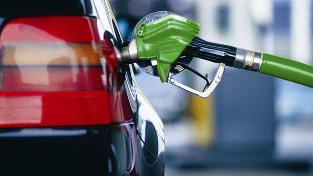 Украина угодила вТоп-5 стран поколичеству авто нагазу