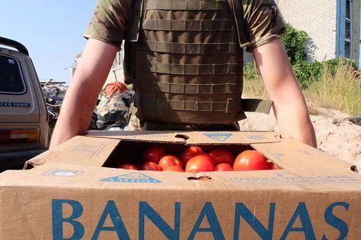 Волонтер уверяет, что 4 года возит помощь в АТО