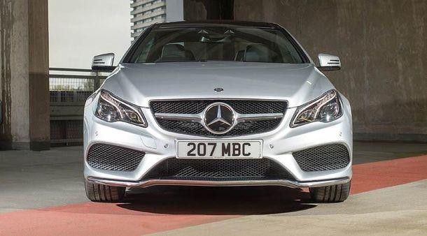 Понад мільйон автомобілів Mercedes відкличуть повсьому світу