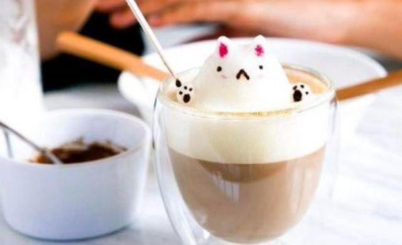Кава з 3D-скульптурою