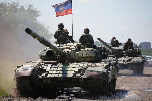 Танки боевиков вблизи линии соприкосновения