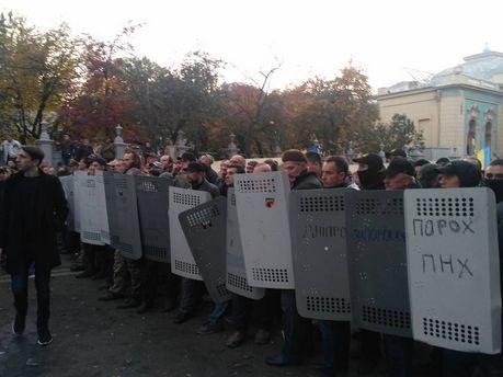 Штурм митингующих в Киеве