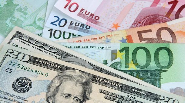 Готівковий курс валют 19 жовтня: долар втратив кілька копійок