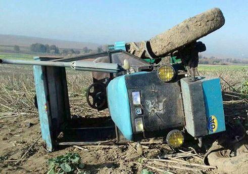 В Хмельницкой области мальчик погиб в результате опрокидывания трактора