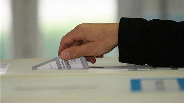 Унайбагатших регіонах Італії проголосували зарозширення автономії: перші результати