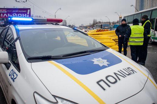В Івано-Франківську відсторонили патрульного, який зупинив п'яного полковника