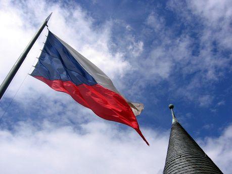 Чехія обрала правий бік, або Про кого думає