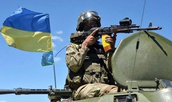 Штаб АТО: Сполуночи один украинский военный получил ранения вДонбассе