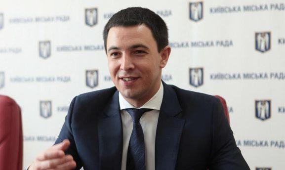 Киевсовет призвал митингующих убрать палатки сГрушевского