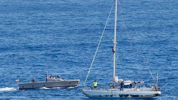 У США врятували двох жінок, які 5 місяців блукали Тихим океаном