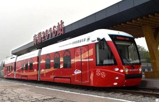 В Китае запустили трамвай с гибридным двигателем