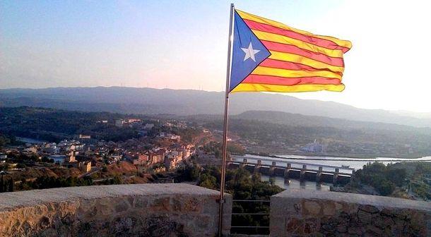 Руководитель МИД Испании допускает возможность расширения автономии Каталонии