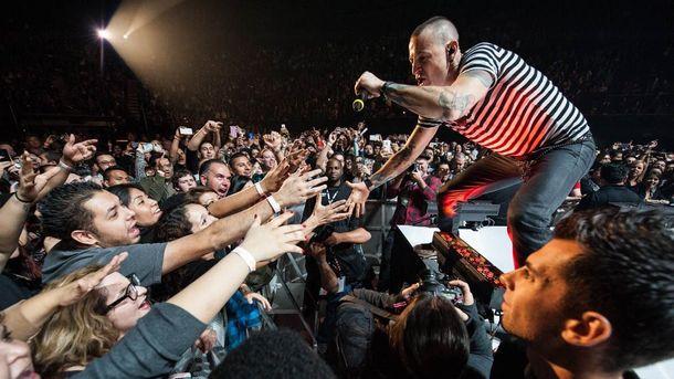 ВЛос-Анджелесе прошел концерт памяти Честера Беннингтона,— полное видео