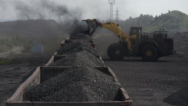 Украина помогаетРФ торговать ворованный уголь Донбасса