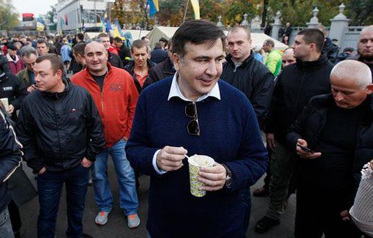 Саакашвілі не видворять з України через підтримку західних політиків