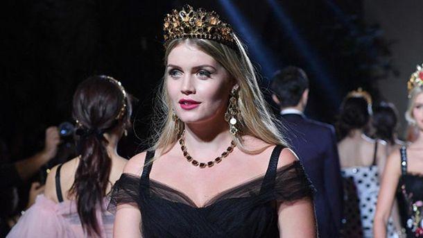 Кітті Спенсер на модному показі Dolce&Gabbana
