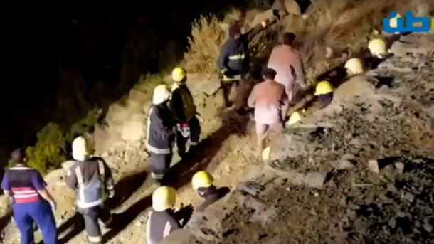 Рятувальники знайшли уламки вертольота, на якому загинув принц Саудівської Аравії