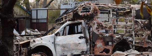У Пісках бойовики підірвали санітарний автомобіль українських військових