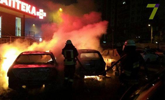 ВОдесі вночі згоріли 18 автомобілів
