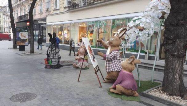 Заяц возле магазина Roshen сгорел во Львове