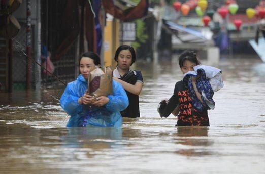 Во Вьетнаме в результате тайфуна погибли 89 человек