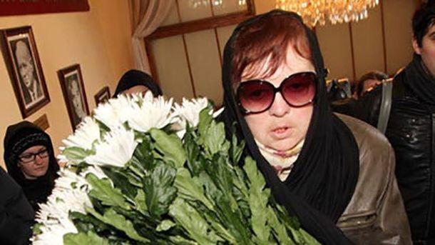 ЗМІ: Доньку Людмили Гурченко знайшли мертвою увласному під'їзді
