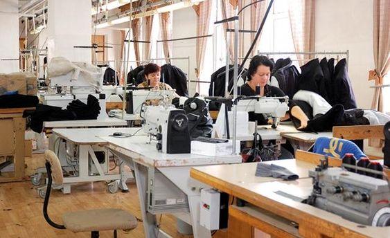 Українки шиють для Adidas, Zara, Mexx та інших західних брендів