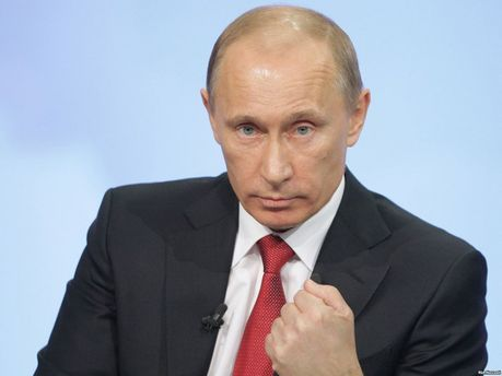 Путин хочет установить контроль над региональными лидерами России