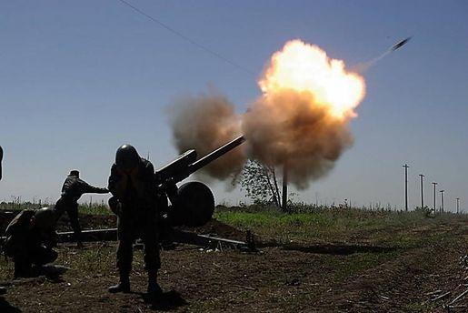 Террористы не прекращают бить по украинским защитникам