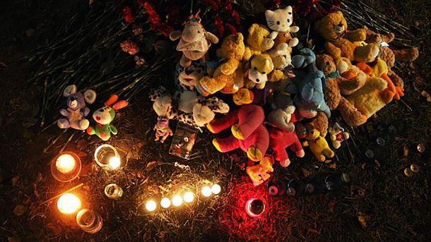Памяти погибших на месте трагедии в Ижевске
