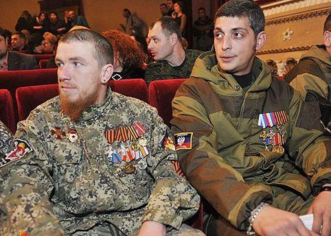 УЗахарченко похвастались выходом монет спортретами боевиков «Моторолы» и«Гиви»